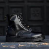 Ботинки Dr. Martens Tripple Black