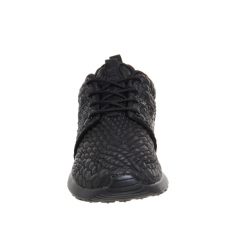 Nike Roshe One DMB 'Triple Black'